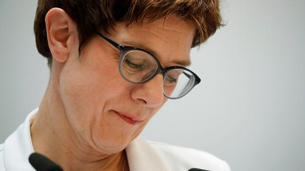Youtuber starten Petition gegen CDU-Chefin Kramp-Karrenbauer
