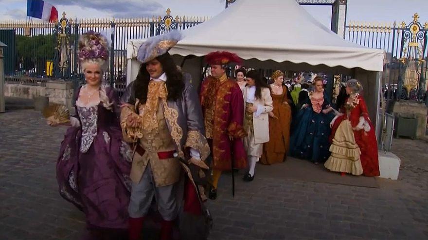 Versay Sarayı'nda Marie-Antoinette temalı kıyafet balosu yapıldı