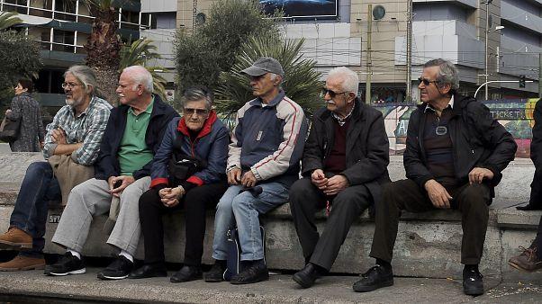 Ελλάδα: Ζητούν από συνταξιούχους 27 εκατομμύρια ευρώ που καταβλήθηκαν λανθασμένα