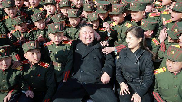 كوريا الشمالية تغير دستورها وتطلق ألقابا جديدة على كيم
