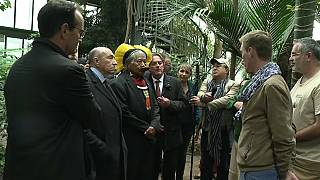 Indigenous chief Raoni welcomed in Lyon to defend the Amazonian forest