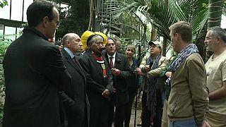 رئیس بومیان آمازون در شهر لیون فرانسه