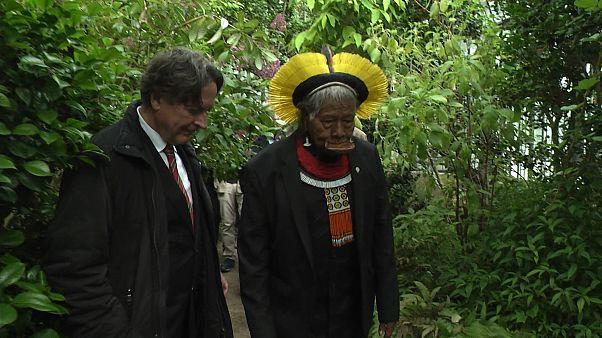 Chief Raoni visits Lyon's botanical garden