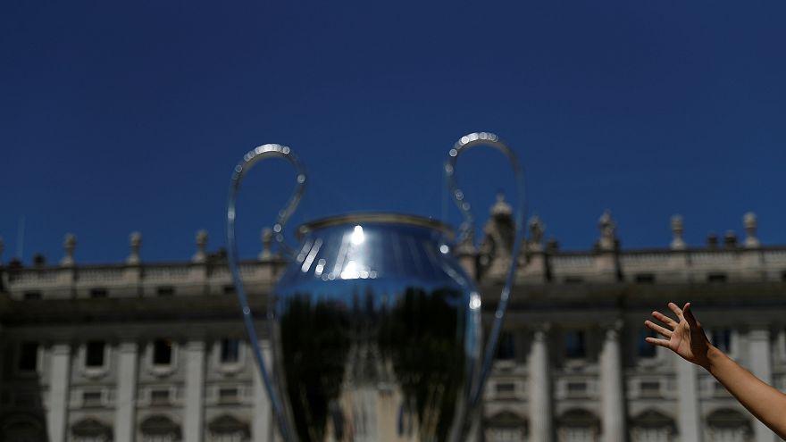 Лига чемпионов: футбольный мир застыл в ожидании