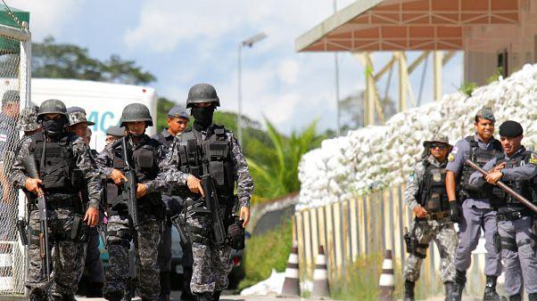 Βραζιλία: Σε φυλακές υψίστης ασφαλείας οι 9 που φέρονται να διέταξαν δολοφονίες κρατουμένων