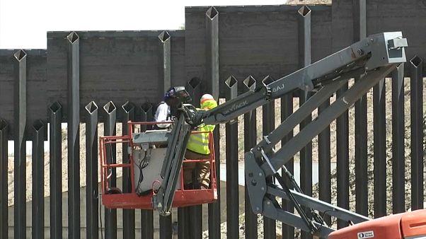 8 km lang: US-Bürger bauen eigenhändig Grenzmauer zu Mexiko