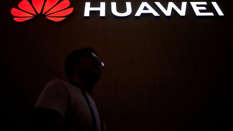 Huawei pede intervenção da Justiça dos EUA