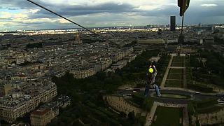 In der Seilbahn über Paris