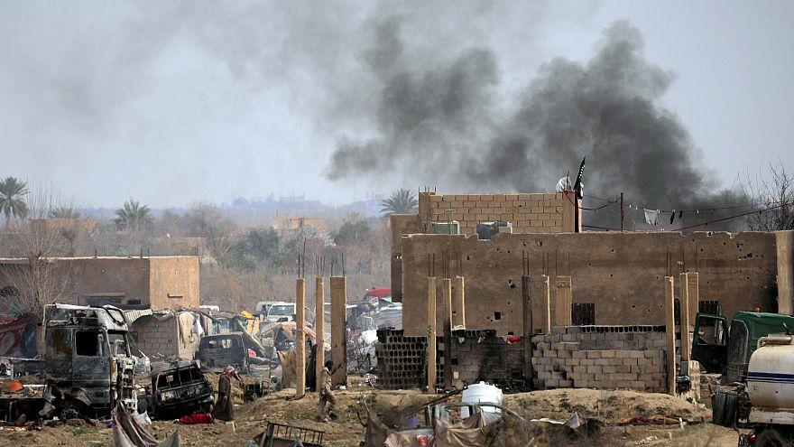 قرية الباغوز في دير الزور العراقية آخر معاقل داعش تحت الحصار