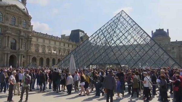 Réouverture du musée du Louvre, fermé lundi pour cause de grève