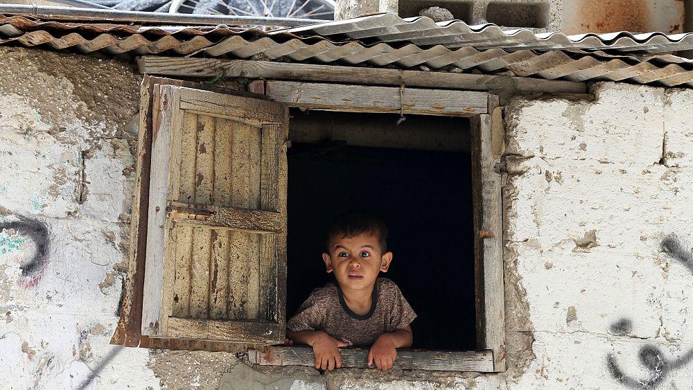 انتهاكات  لحقوق الإنسان في الضفة الغربية وقطاع غزة   Euronews