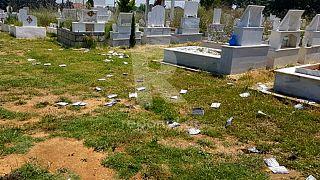 Yunanistan'ın Dedeağaç kentinde Müslüman mezarlığına ırkçı saldırı: 'Yunanistan, Yunanlara ait'