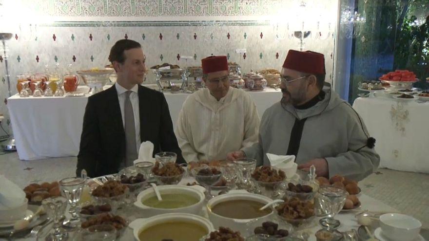 شاهد: صهر ترامب على مائدة إفطار الملك محمد السادس