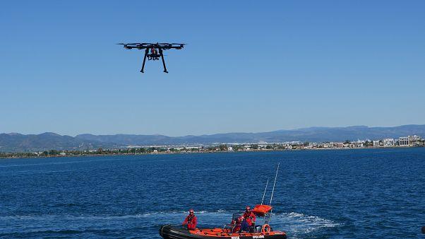 Un drone per aiutare a salvare vite nel Mediterraneo, il progetto di Open Arms e ingegneri spagnoli