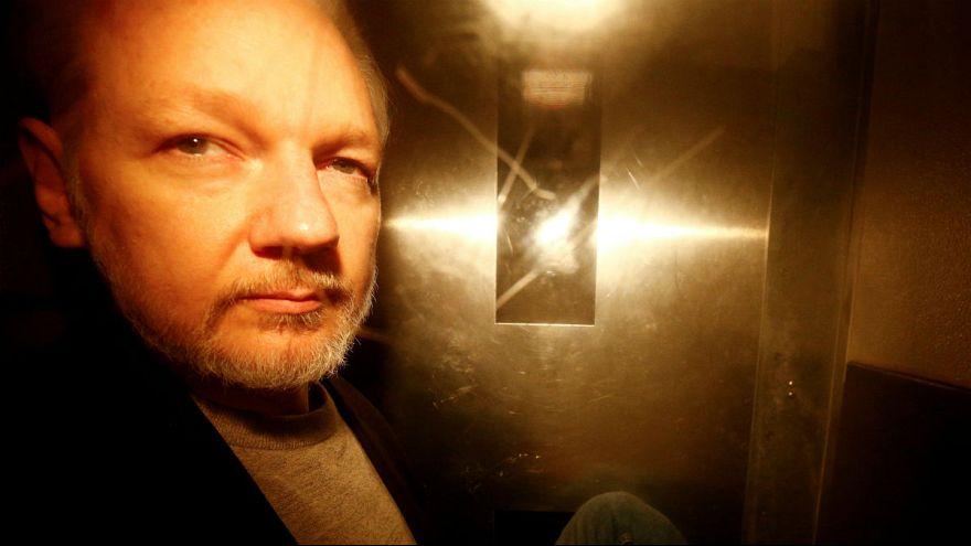 جولین آسانژ، بنیانگذار ویکیلیکس «بهشدت بیمار است»