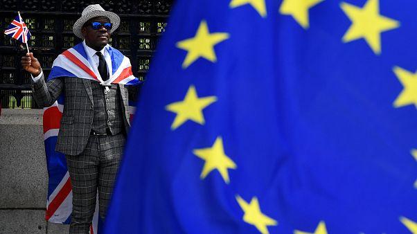 Βρετανία: 750.000 υπήκοοι της ΕΕ έχουν κάνει αίτηση για παραμονή στη Βρετανία