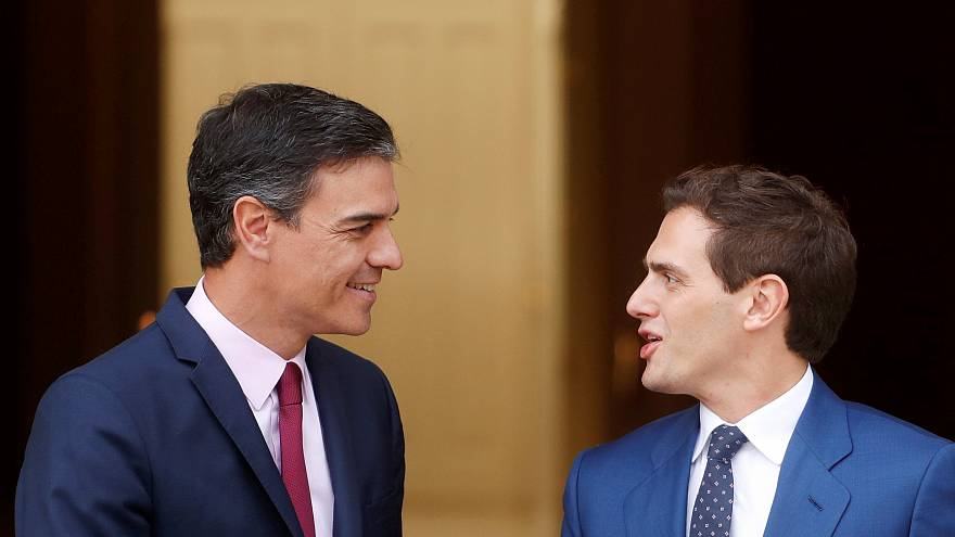 Ciudadanos veta tripartitos con Vox y se deja desear por el PSOE