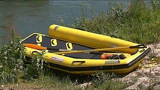 Három ember halt meg egy csónakban Franciaországban