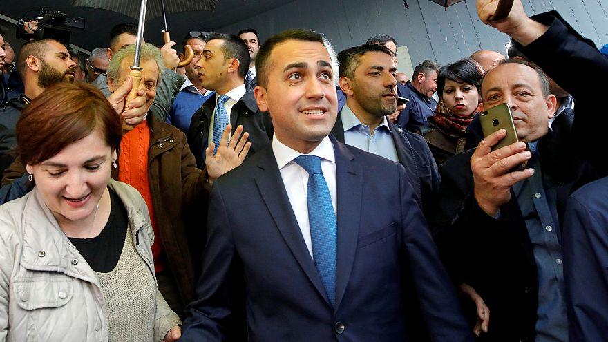 Di Maio reforça liderança no partido
