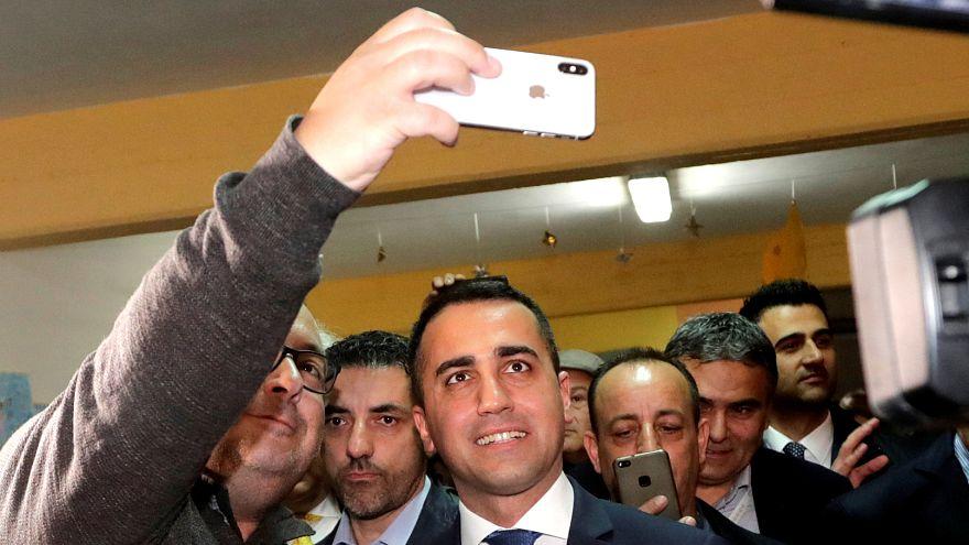 Bizalmat szavaztak az olasz kormányzó Öt Csillag Mozgalom elnökének