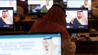 العاهل السعودي: برامج إيران النووية والصاروخية تهديد للأمن الدولي