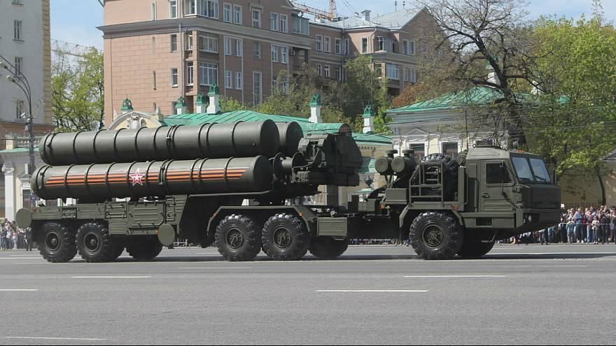 سامانه پدافند موشکی اس۴۰۰ روسیه