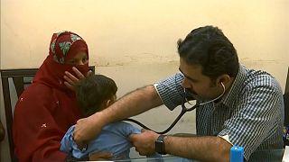 باكستان تسجل أرقاماً قياسية في عدد الأطفال المصابين بالإيدز