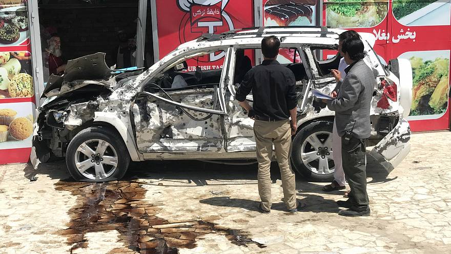 سيارة مفخخة تستهدف موكباً أمريكيا في كابول وسقوط قتلى وجرحى