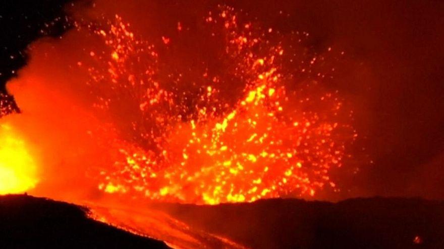 На Сицилии проснулся вулкан Этна