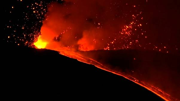 Europe's highest and most active volcano burst into life at 3am (CET)