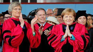 سخنرانی مرکل در هاروارد؛ صدراعظم آلمان از دیوار «جهل» و «کوته فکری» سخن گفت