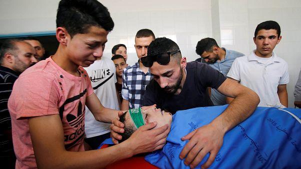 İsrail askerlerinin ateşinde hayatını kaybeden 16 yaşındaki Filistinli