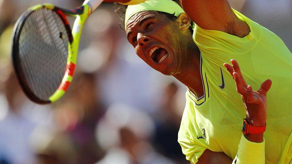 Dos españoles pasan a octavos en Roland Garros