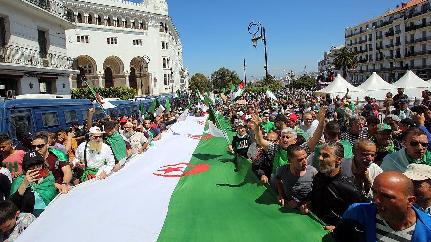 جانب من مظاهرات الجمعة
