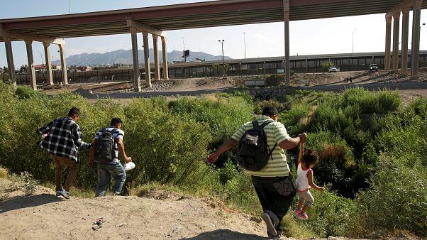 Bosna Hersek'te göçmen kampında yangın: 29 yaralı