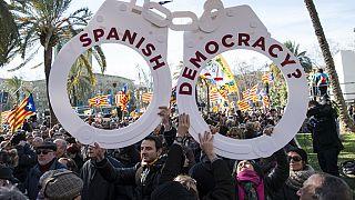 Araştırma: 27 ülkeden 12'sinde demokrasinin işleyişi tatmin edici bulunmadı
