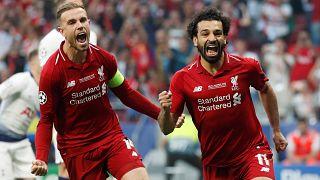 Avrupa'nın en büyüğü Tottenham'ı 2-0 ile deviren Liverpool oldu