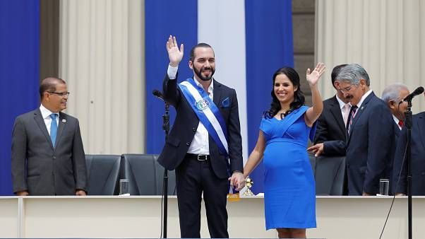 In El Salvador giura nuovo presidente