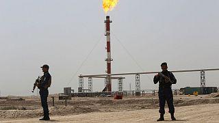 رحیم صفوی: شلیک نخستین تیر در خلیج فارس قیمت نفت را ۱۰۰ دلار خواهد کرد