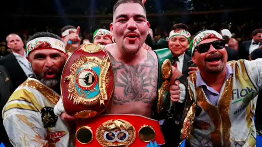 """Box-Sensation: """"Little fat kid"""" Ruiz (121 Kg) wird Weltmeister"""