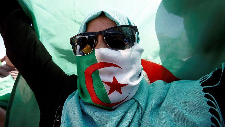 Tribunal Constitucional adia eleições presidenciais na Argélia