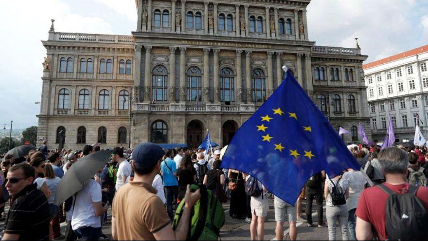 مجارستان؛ تظاهرات علیه دخالت دولت در تحقیقات علمی و دانشگاهی