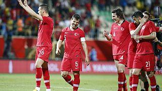 Türkiye 4'te 4 yaptı Fransa maçı öncesi moral buldu: 2-0