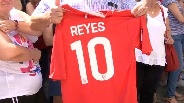 Похороны Рейеса: прощальные футбольные овации