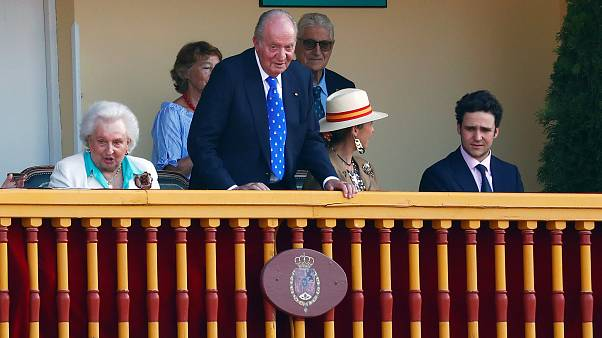 Tarde triunfal para el rey Juan Carlos en la plaza de toros de Aranjuez