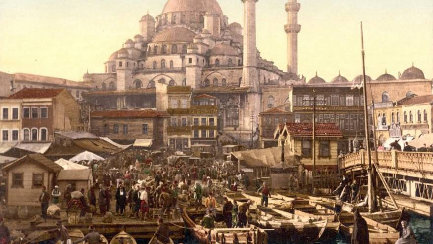 İslambol'dan türetme mi yoksa yabancı dil kökenli mi: İstanbul'un adı nereden geliyor?