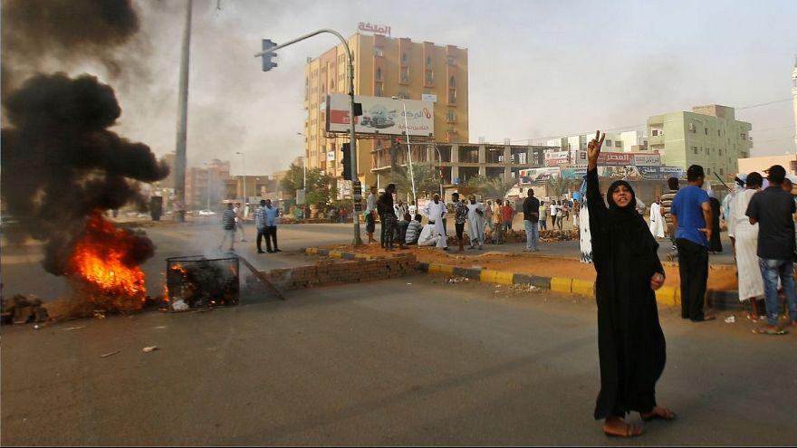 شمار جانباختگان درگیری میان معترضان و ارتش سودان از مرز سی نفر گذشت