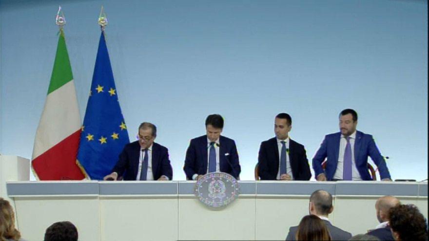 Ένας χρόνος συγκυβέρνησης και συγκρούσεων