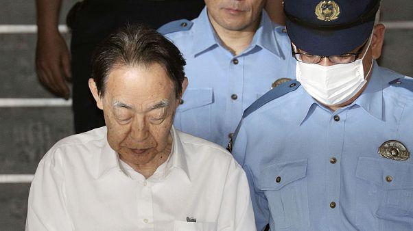 الياباني هيدياكي كومازاوا المتهم بقتل ابنه الانعزالي فقسم شرطة بطوكيو