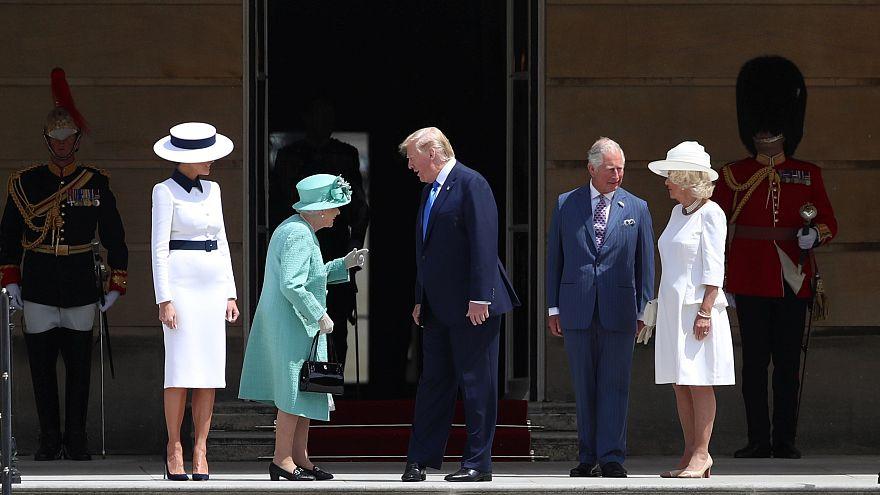 Trump recebido por Isabel II